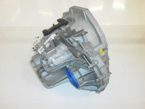 RECONDITIONED PK5 GEARBOX , 5 SPEED , 2.5DCI RENAULT, VAUXHALL , NISSAN